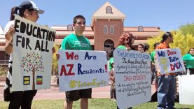 Arizona revierte decisión sobre matrículas universitarias para inmigrantes